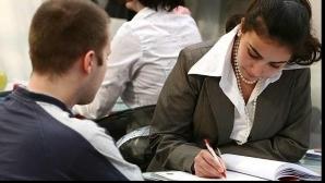 Angajatorii nu-i privesc cu ochi buni pe cei care şi-au pierdut serviciul şi preferă să angajeze oameni cu un CV curat