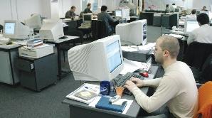 IRES: Angajatul român munceşte 10-12 ore pe zi şi nu se plânge