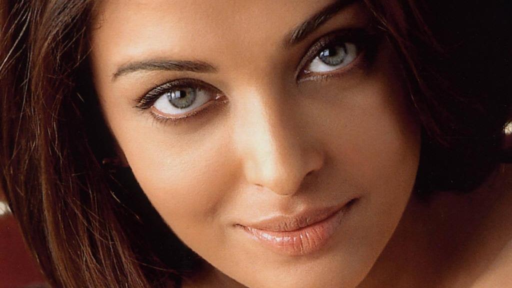 Ashwarya Rai, cea mai frumoasă femeie din lume / Foto: www.theaishwaryarai.com