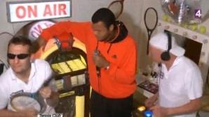 Jo-Wilfried Tsonga s-a simţit foarte bine făcând karaoke