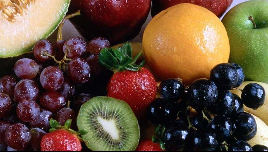 Când şi cum trebuie să consumăm fructe