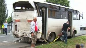6 oameni au fost răniţi într-un accident în Costeşti, jud. Buzău