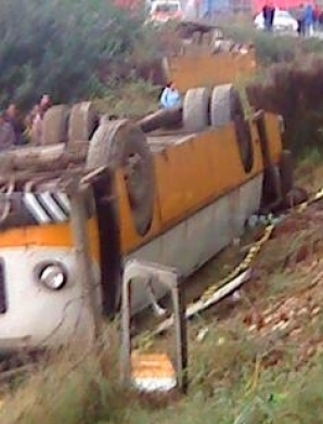 Autobuzul răsturnat la Tulcea se afla pe un drum secundar, drumul principal fiind în reabilitare