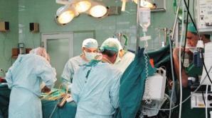 Salariul HALUCINANT al unui MEDIC rezident în România