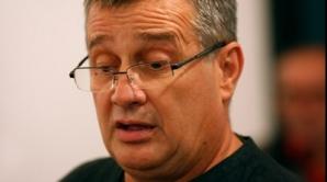 Mircea Dinescu vorbeşte despre Adrian Păunescu/FOTO: aradon.ro
