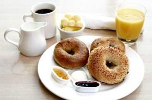 25% dintre români iau micul dejun o dată pe săptămână