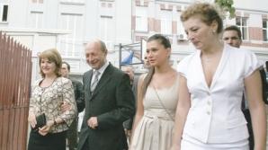 Traian Băsescu va petrece Paştele cu familia