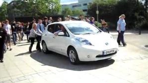 Nissan Leaf, rămas fără energie la Top Gear