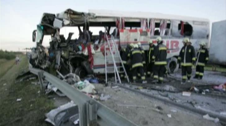 Patru români au murit într-un accident în Ungaria