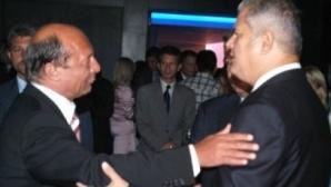 Adrian Năstase îl ironizează pe Traian Băsescu