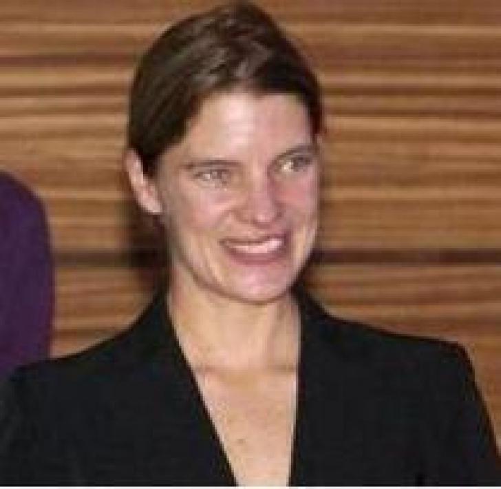 Cristinina Verona a fost casatorita cu fiul unor arhitecti celebri