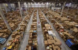 Depozitul Amazon în Vinerea Neagră