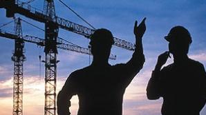 Marea Britanie menţine restricţiile pe piaţa muncii pentru români până la sfârşitul lui 2013