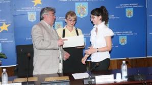 Iulia Plăian, eleva model, îşi întrerupsese studiile.
