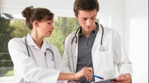 Mii de medici au plecat din ţară în 2011