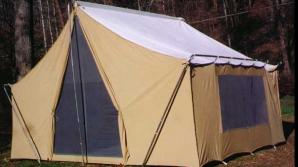 Joburile cu cazare la cort sunt pentru sezonul de vară