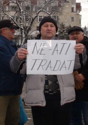 Şi la Baia Mare oamenii au ieşit în stradă.