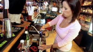 Jobul la bar presupune să-i ameţeşti pe ceilalţi