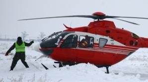 Gălăţenii au fost salvaţi cu elicopterul