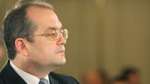 Boc, despre UMF Tg Mureş: Susţin caracterul multicultural al Universităţii