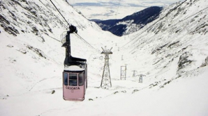 La Bâlea Lac, stratul de zăpadă încă măsoară peste 2 metri