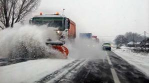 Iarnă FĂRĂ DESZĂPEZIRI. Drumarii nu mai vor să cureţe şoselele