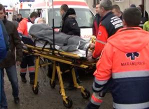 Două explozii într-un club din Sighetu Marmaţiei. 17 răniţi, un pompier în stare critică