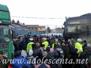 Proteste împotriva firmei de transport în Nicolae Bălcescu (judeţul Bacău)