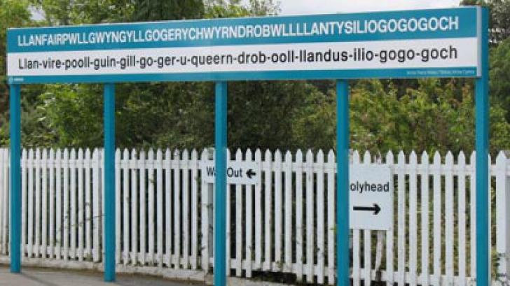 O localitatea din Ţara Galilor este oraşul cu cea mai lungă denumire, din întreaga lume