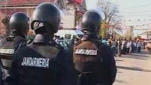 Nuntă de romi, păzită de poliţişti şi jandarmi