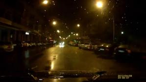 Poliţiştii încurajează parcările pe avarii