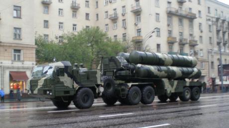 S-400, cele mai avansate rachete ruseşti sol-aer