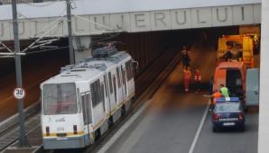 Accident de tramvai în Bucureşti: 15 călători au depus plângere penală împotriva vatmanului