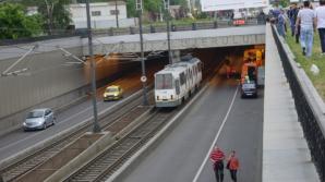 Circulaţie oprită pe linia 41 din Bucureşti, după ce unei călătoare i s-a făcut rău