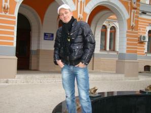 Iulian Colesniuc s-a sinucis după ce şi-a strangulat soţia