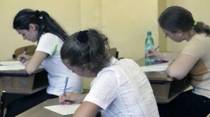 Elevii au susţinut proba de matematică şi istorie