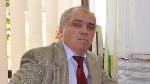 Profesorul Ilie Parpucea a fost filmat de o studentă în timp ce se dezbrăca