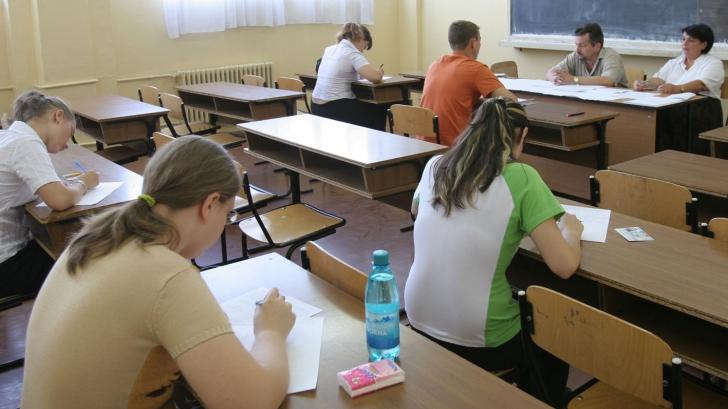 Doar 3 elevi din 10 au promovat la Bacalaureat 2012, sesiunea pentru olimpici