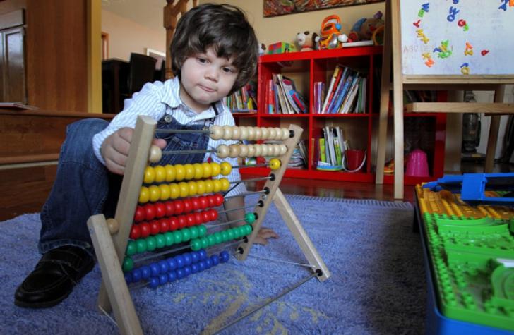 Anthony Popa Urria, un copil canadian de origine română, a fost acceptat în Mensa