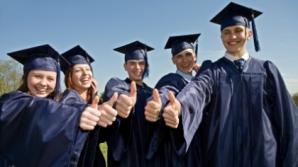 Absolvenţii Spiru Haret îşi vor primi diplomele