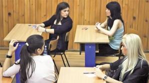 Examenul contină cu proba de limba maternă