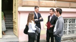 Bacalaureatul a început, ieri, cu proba orală la limba şi literatura română