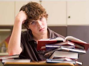 Elevii care au rămas corigenţi pot susţine examenul de BAC în toamnă