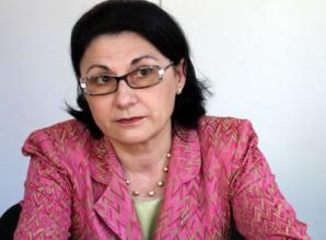 Ecaterina Andronescu a spus că subiectele de la BAC sunt complet inadecvate