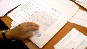 Mai mulţi elevi au obţinut nota 10 la examenul de Evaluare Naţională