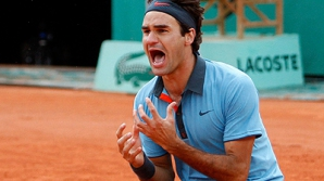 Federer, efort supraomenesc la Roland Garros