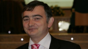 Secretarul de stat pentru învăţământul preuniversitar, Stelian Fedorca, a arătat că subiectele la examenul de Bacalaureat sunt de nivel mediu