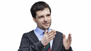 Nicuşor Dan este doctor în matematică al Universităţii Paris XIII. El a acceptat să rezolva subiectele la Bacalaureat 2012 Matematică M2