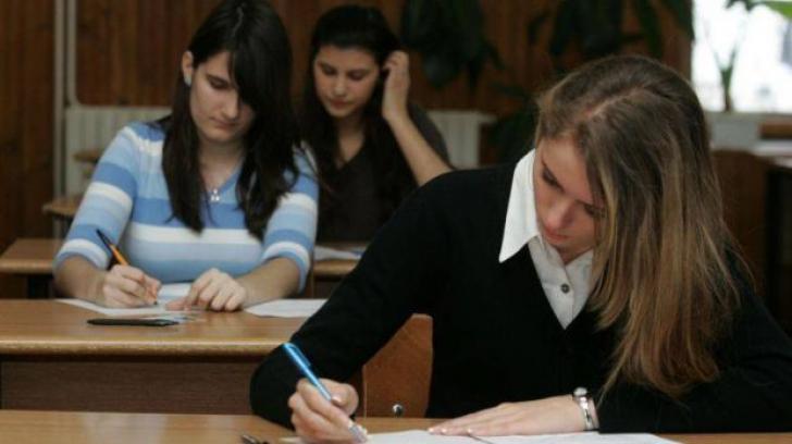 Sindicatele din educaţie solicită probe diferenţiate în funcţie de profil la bacalaureat, din 2013