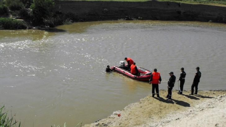O fetiţă s-a înecat în râul Ialomiţa